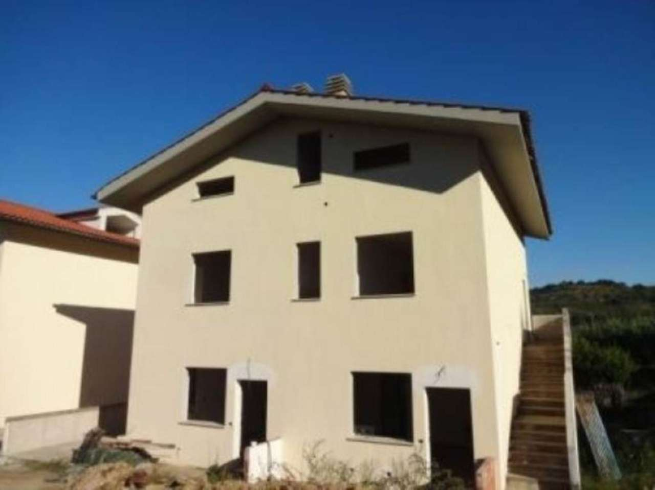 Appartamento in vendita a Crespina Lorenzana, 4 locali, prezzo € 88.000 | Cambio Casa.it