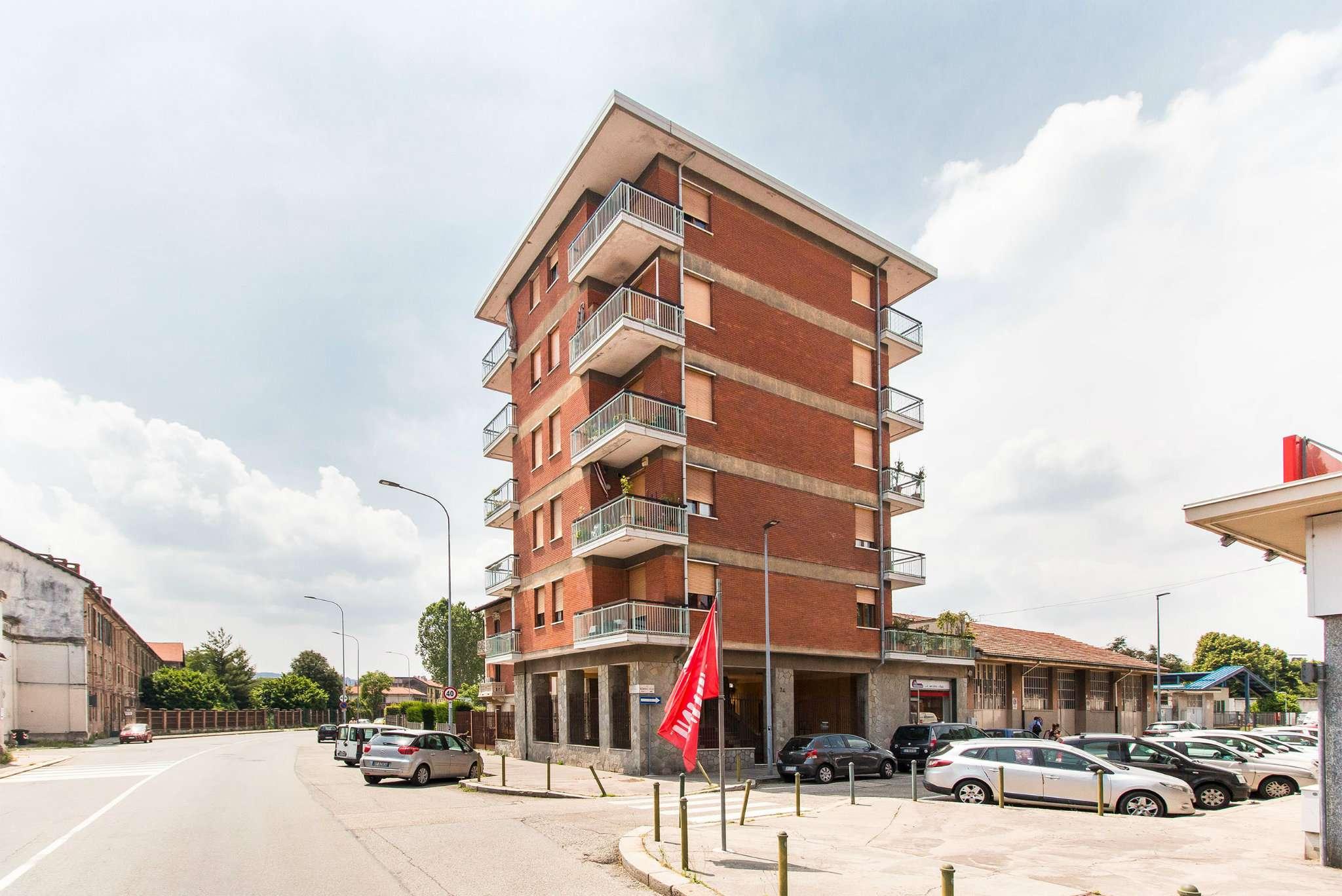 Foto 1 di Appartamento via Norberto Rosa 24, Torino (zona Vanchiglia, Regio Parco)