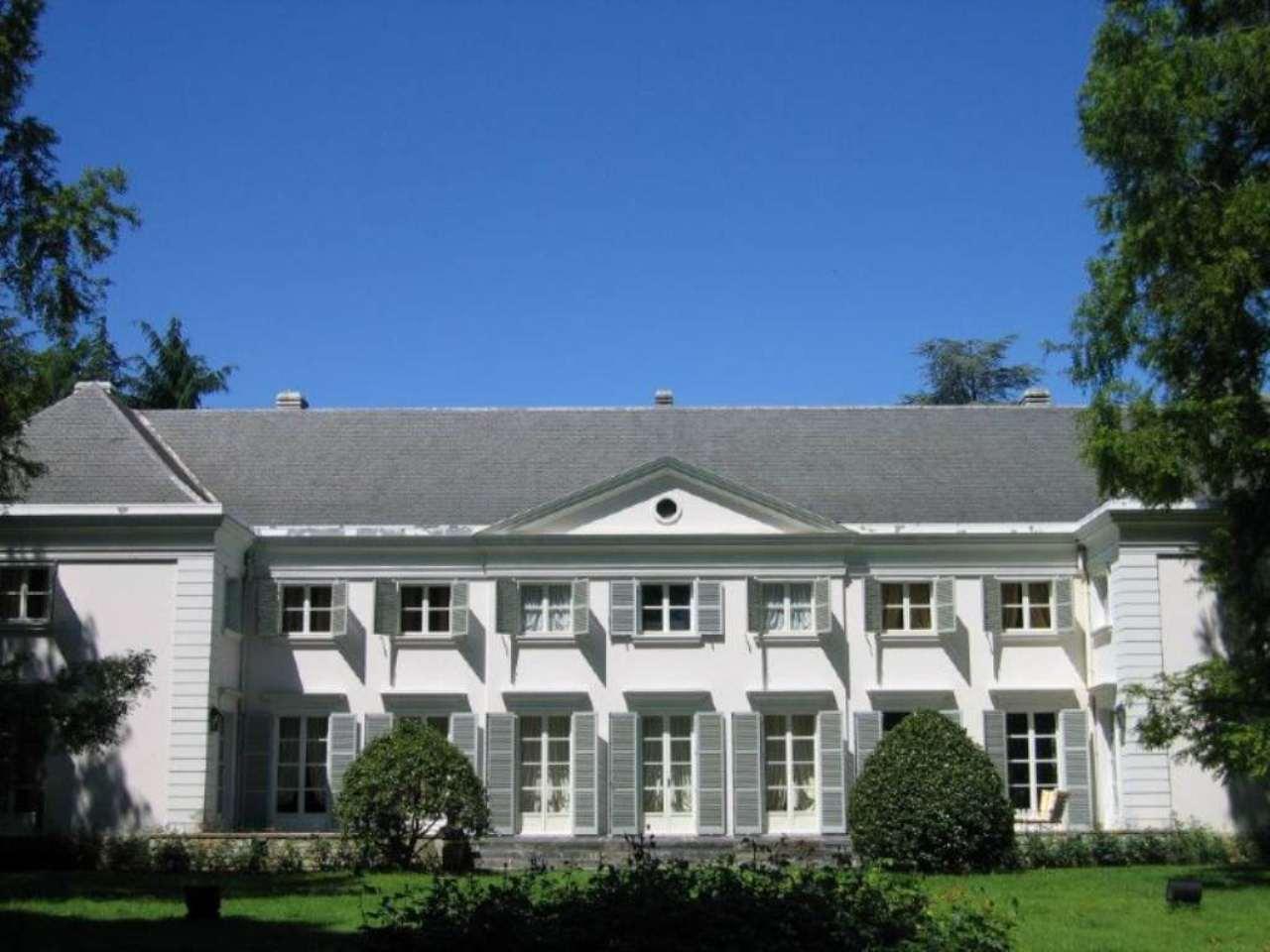 Villa in vendita a Oglianico, 20 locali, prezzo € 1.800.000 | CambioCasa.it