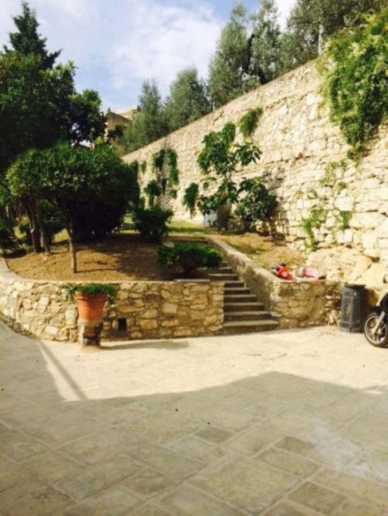 Soluzione Indipendente in vendita a Sesto Fiorentino, 4 locali, prezzo € 480.000 | Cambio Casa.it