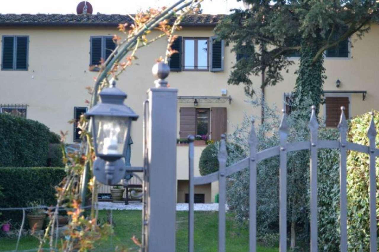 Villa in vendita a Pontassieve, 6 locali, prezzo € 610.000 | Cambio Casa.it