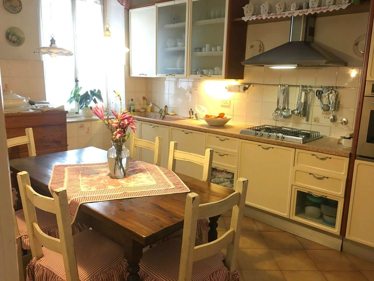 Palazzo / Stabile in vendita a Firenze, 6 locali, zona Zona: 1 . Castello, Careggi, Le Panche, prezzo € 425.000 | CambioCasa.it