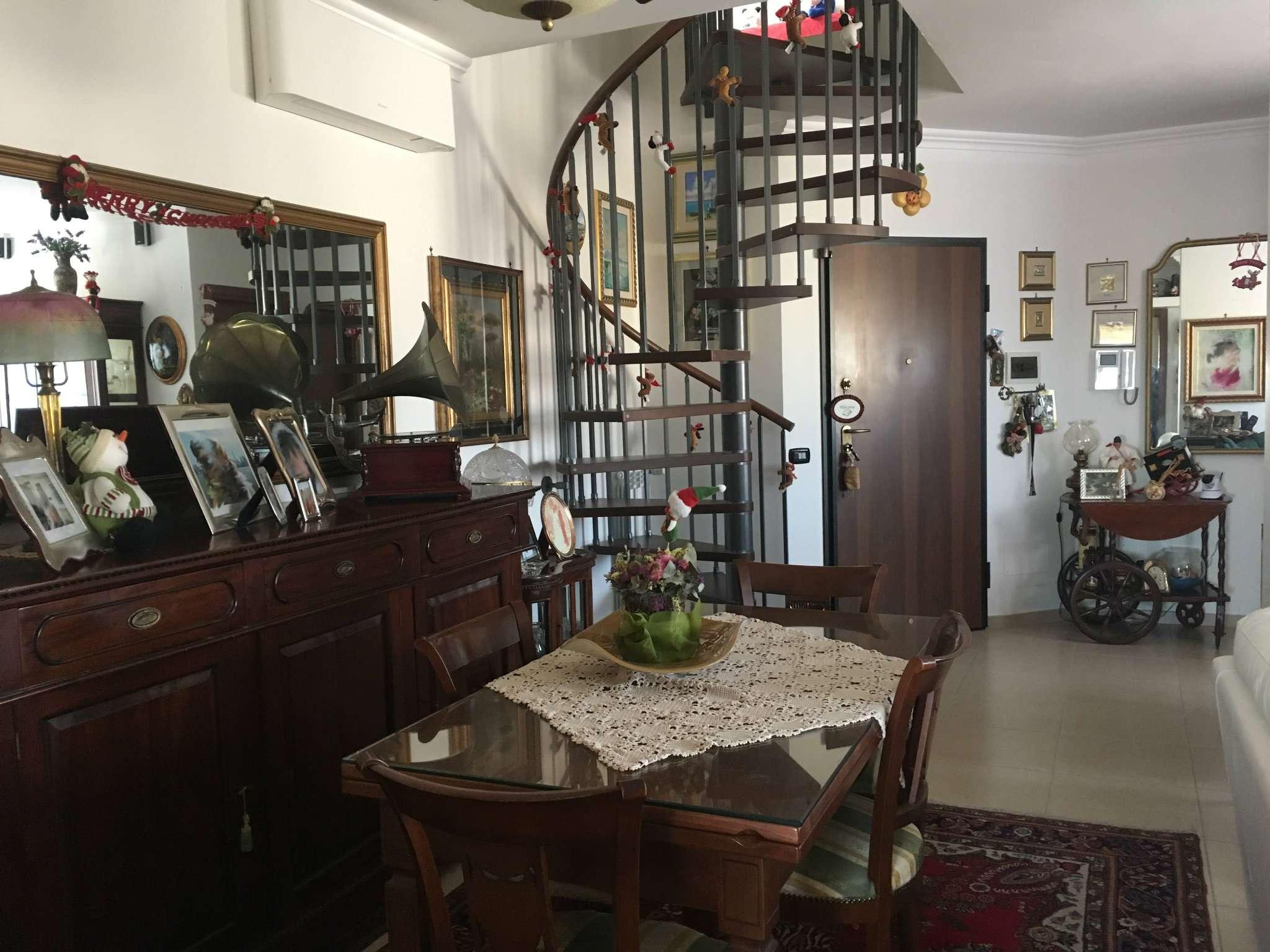 Attico / Mansarda in vendita a Guidonia Montecelio, 3 locali, prezzo € 270.000 | CambioCasa.it