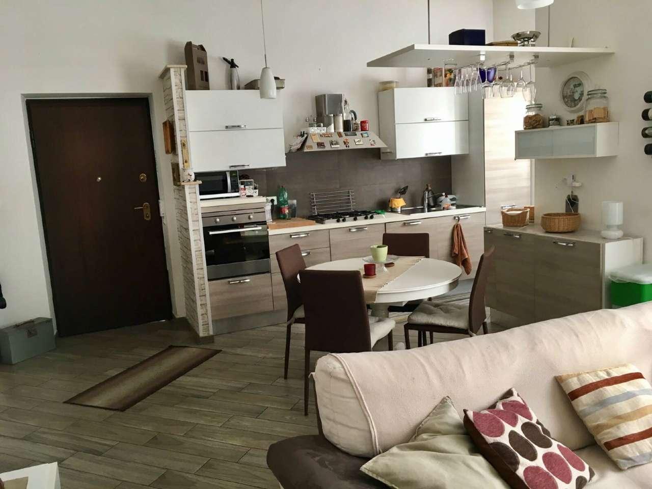 Soluzione Indipendente in vendita a Guidonia Montecelio, 4 locali, prezzo € 279.000   Cambio Casa.it