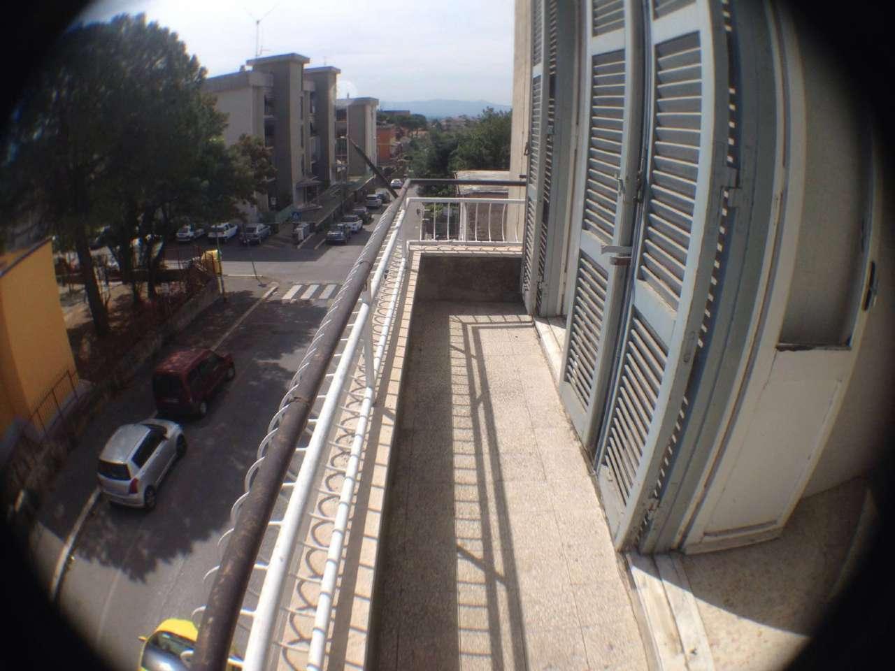 Appartamento in affitto a Guidonia Montecelio, 3 locali, prezzo € 550 | CambioCasa.it
