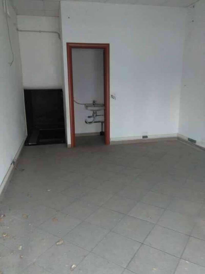 Negozio / Locale in vendita a Tivoli, 1 locali, prezzo € 60.000 | CambioCasa.it