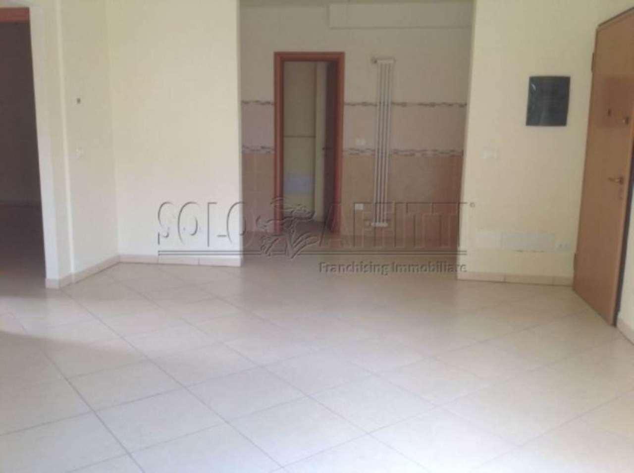 Appartamento in affitto a Monsummano Terme, 3 locali, prezzo € 605 | Cambio Casa.it