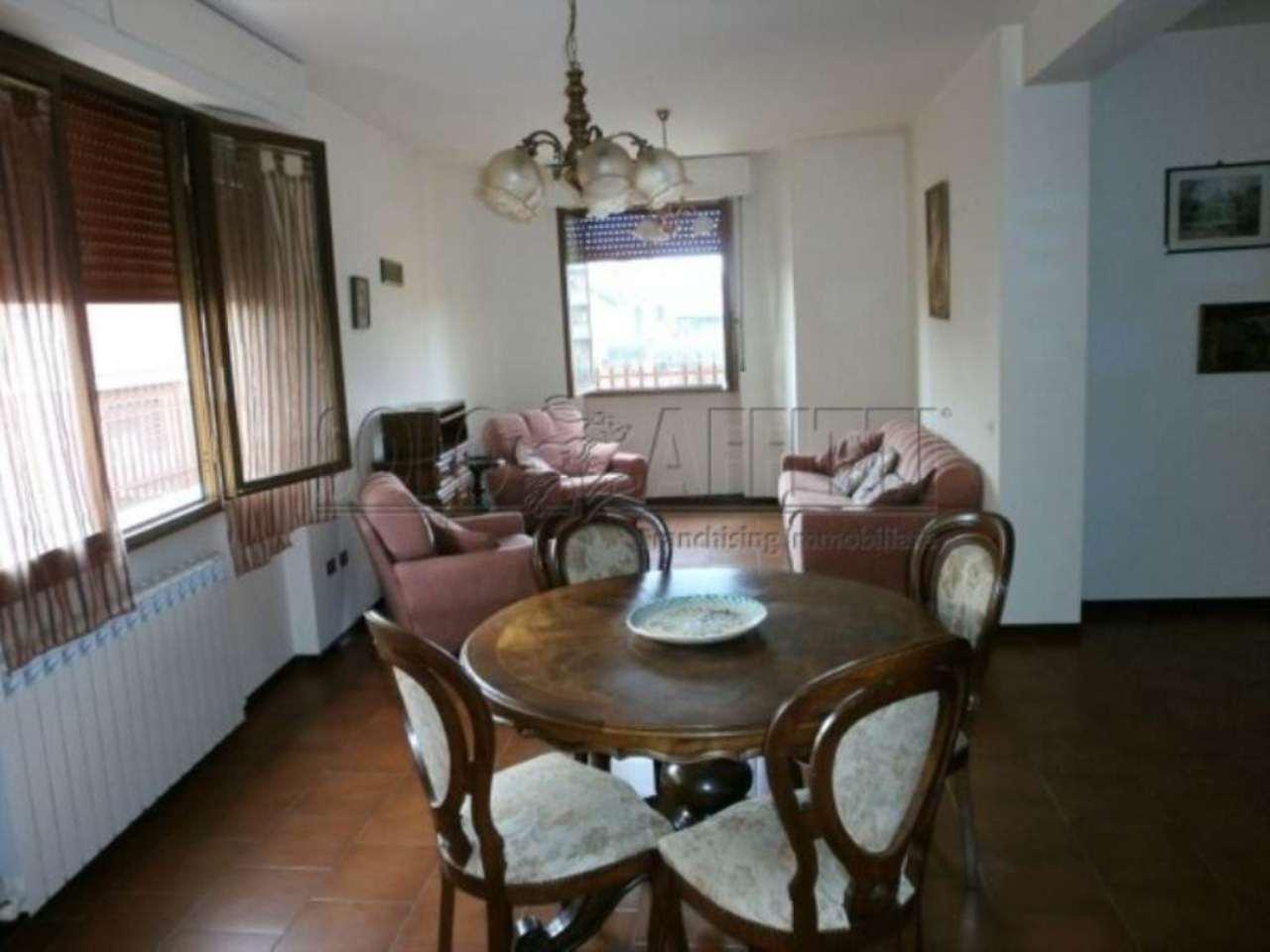 Appartamento in affitto a Monsummano Terme, 4 locali, prezzo € 600 | Cambio Casa.it