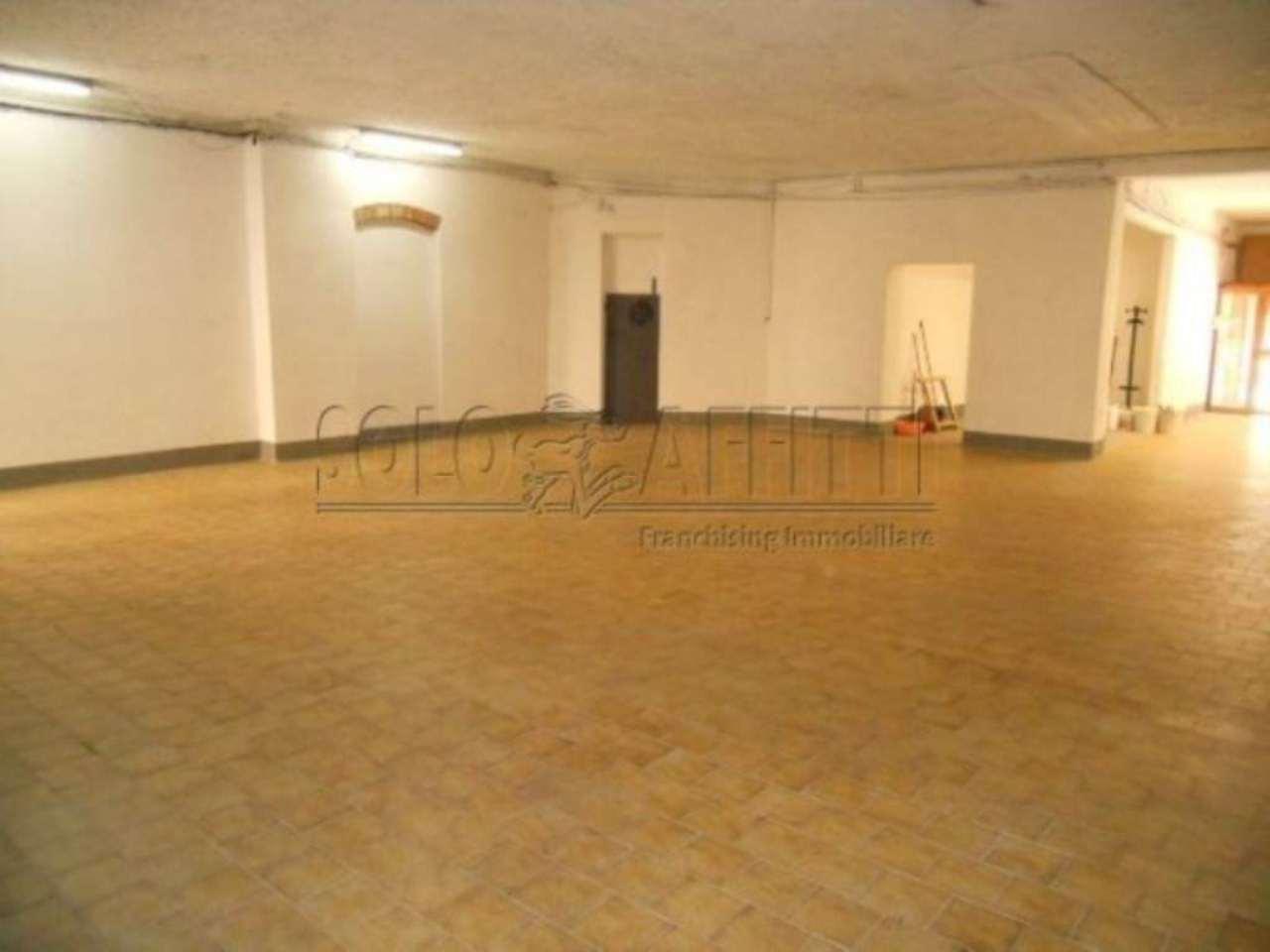 Negozio / Locale in affitto a Pistoia, 1 locali, Trattative riservate | Cambio Casa.it