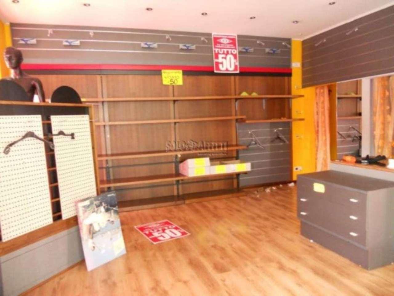 Negozio / Locale in affitto a Montecatini-Terme, 1 locali, prezzo € 1.500 | Cambio Casa.it