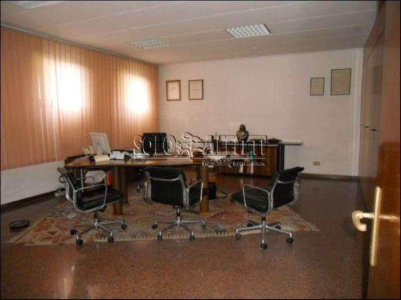 Ufficio / Studio in affitto a Monsummano Terme, 6 locali, prezzo € 5.000 | Cambio Casa.it