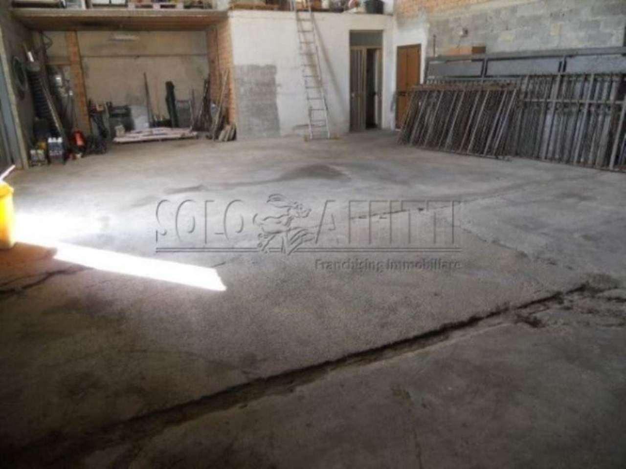 Capannone in affitto a Pistoia, 1 locali, prezzo € 1.000 | CambioCasa.it