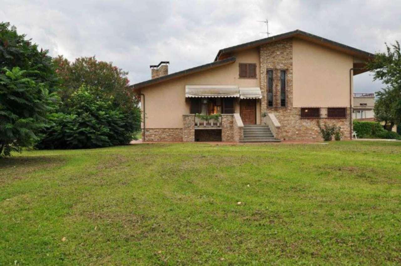 Soluzione Indipendente in affitto a Ponte Buggianese, 6 locali, prezzo € 900 | Cambio Casa.it