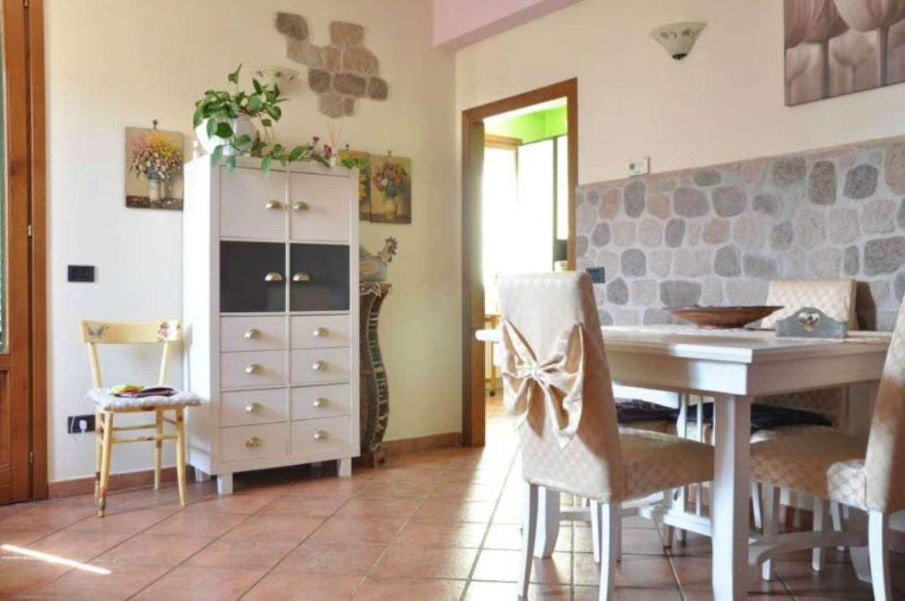 Soluzione Indipendente in vendita a Pistoia, 4 locali, prezzo € 290.000 | Cambio Casa.it