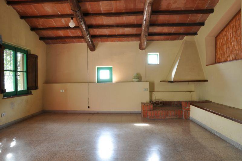 Soluzione Indipendente in affitto a Pistoia, 4 locali, prezzo € 650   Cambio Casa.it
