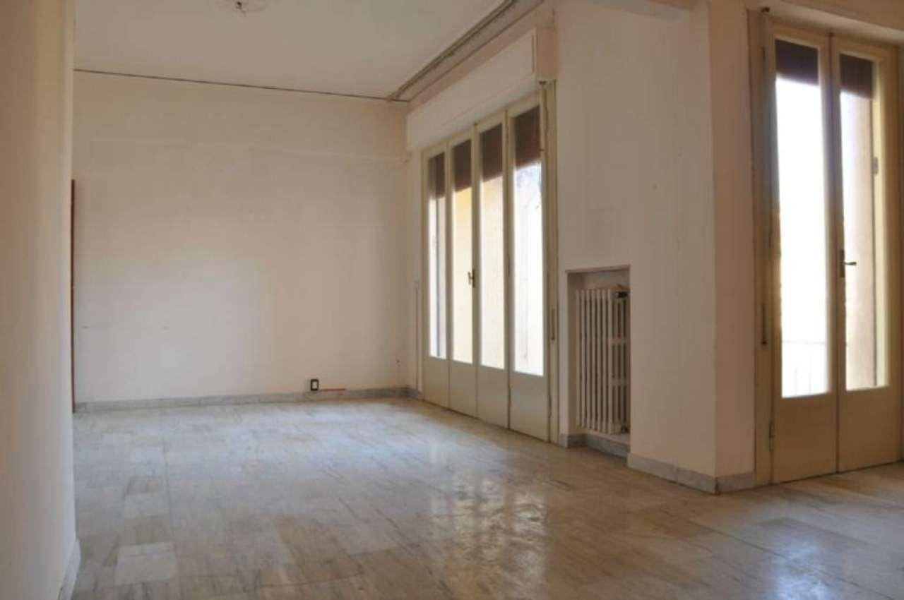 Appartamento in affitto a Pistoia, 5 locali, prezzo € 600 | Cambio Casa.it