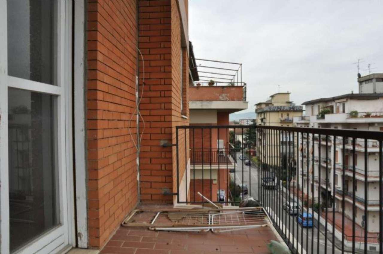Appartamento in vendita a Pistoia, 4 locali, prezzo € 145.000 | Cambio Casa.it
