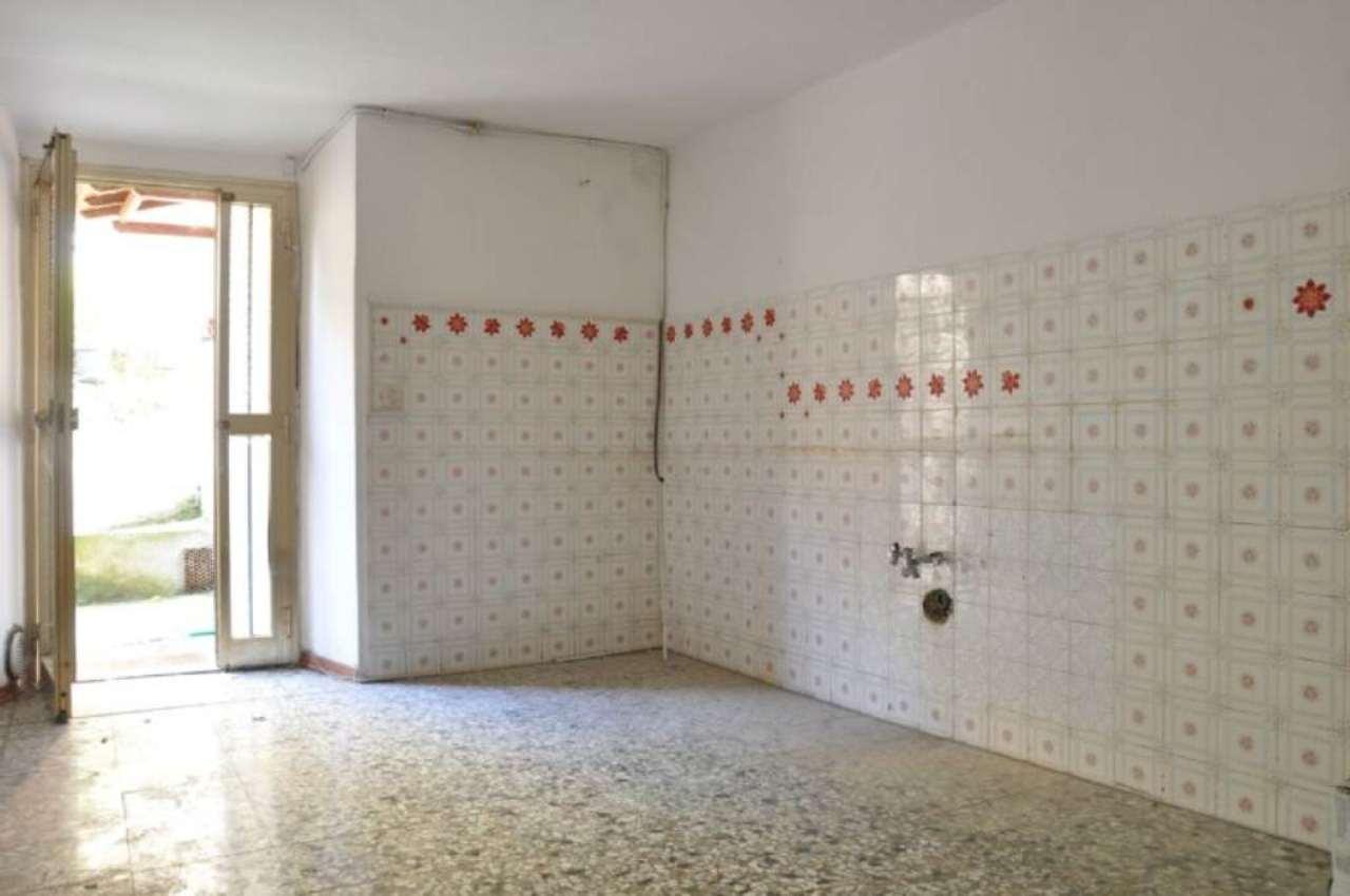 Appartamento in affitto a Pistoia, 4 locali, prezzo € 300 | Cambio Casa.it