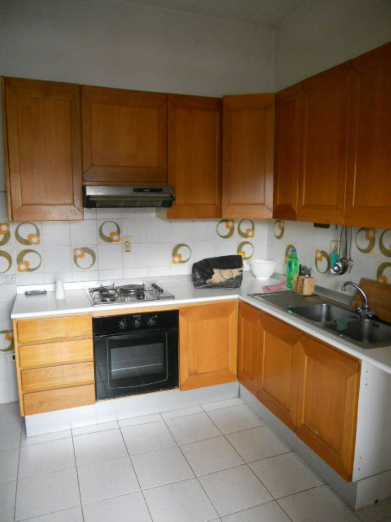 Appartamento in affitto a Pistoia, 5 locali, prezzo € 650 | Cambio Casa.it
