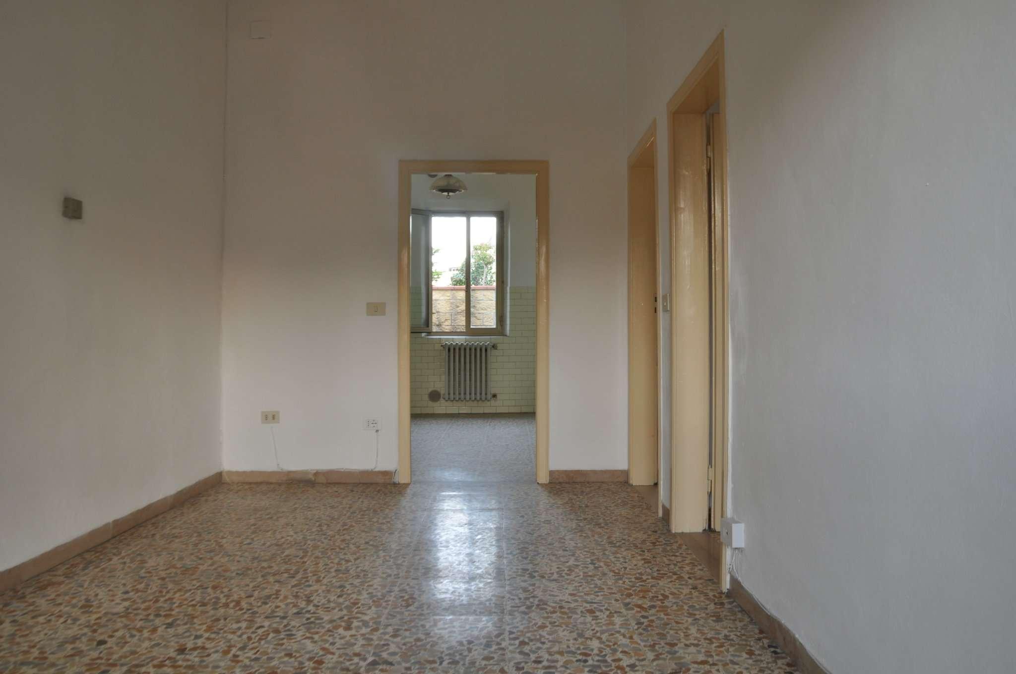 Appartamento in affitto a Pistoia, 4 locali, prezzo € 530   CambioCasa.it
