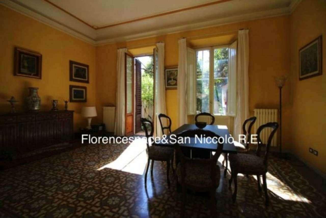 Palazzo / Stabile in vendita a Firenze, 10 locali, zona Zona: 11 . Viali, prezzo € 1.150.000 | CambioCasa.it