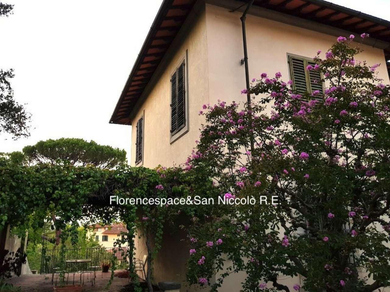 Palazzo / Stabile in vendita a Firenze, 11 locali, zona Zona: 19 . Poggio imperiale, Porta Romana, Piazzale Michelangelo, Trattative riservate   CambioCasa.it