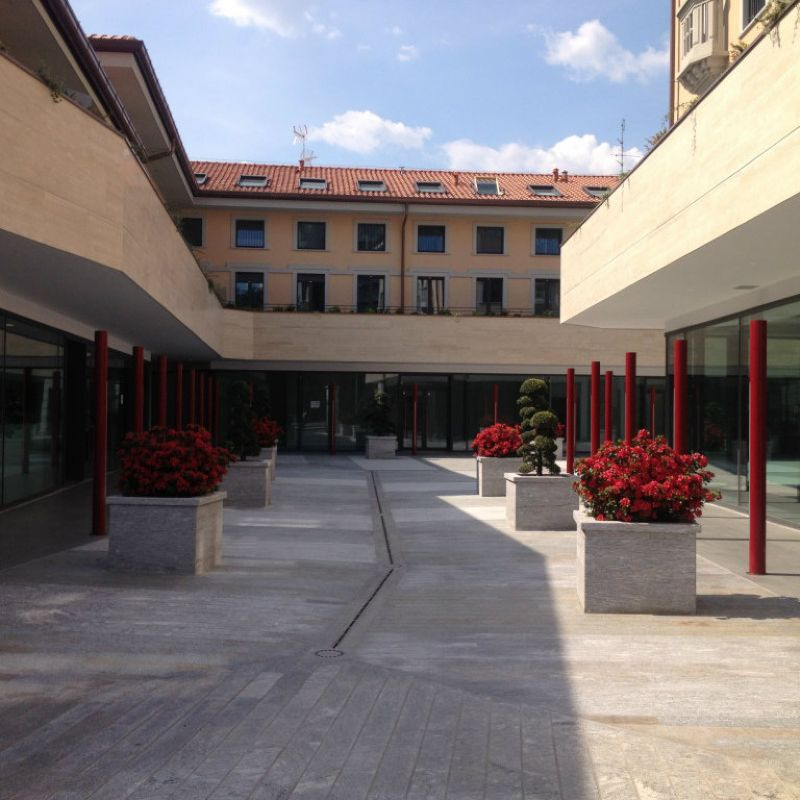 Bilocale Gallarate Piazza San Lorenzo 3