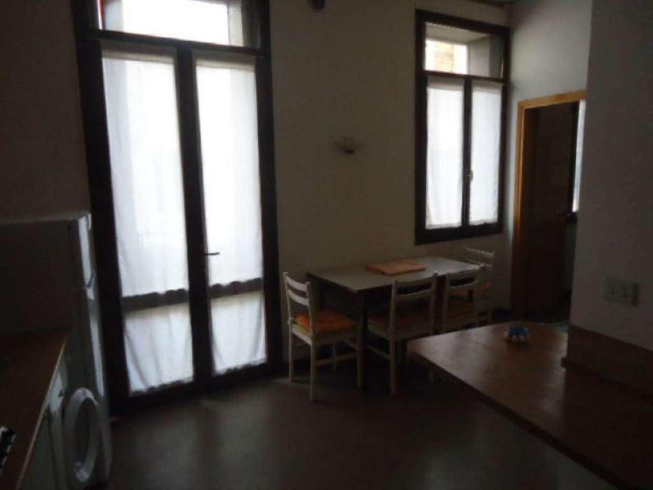 Bilocale Padova Via Carlo Leoni 2