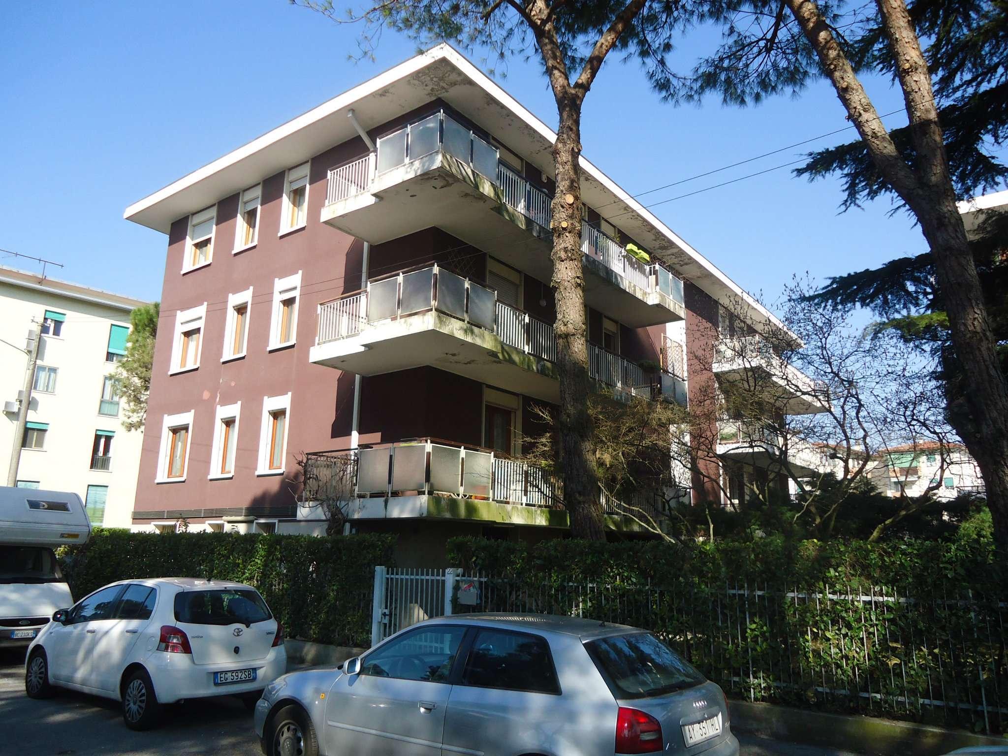 Appartamento in vendita a Padova, 4 locali, zona Zona: 6 . Ovest (Brentella-Valsugana), prezzo € 225.000 | CambioCasa.it