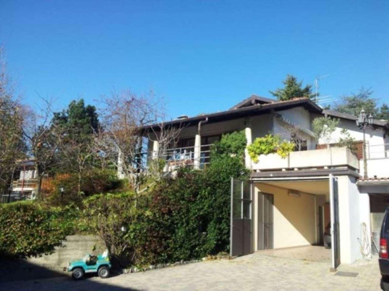 Villa in Vendita a Sumirago