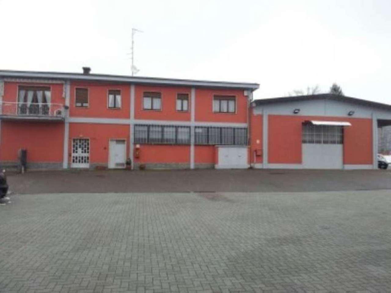 Capannone in vendita a Caronno Varesino, 6 locali, prezzo € 700.000 | Cambio Casa.it