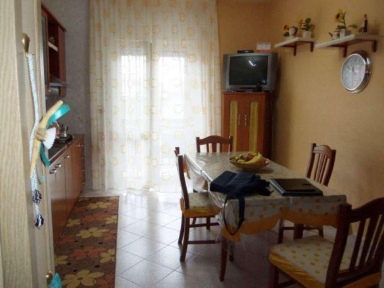 Bilocale Giugliano in Campania Via Maria Montessori 7