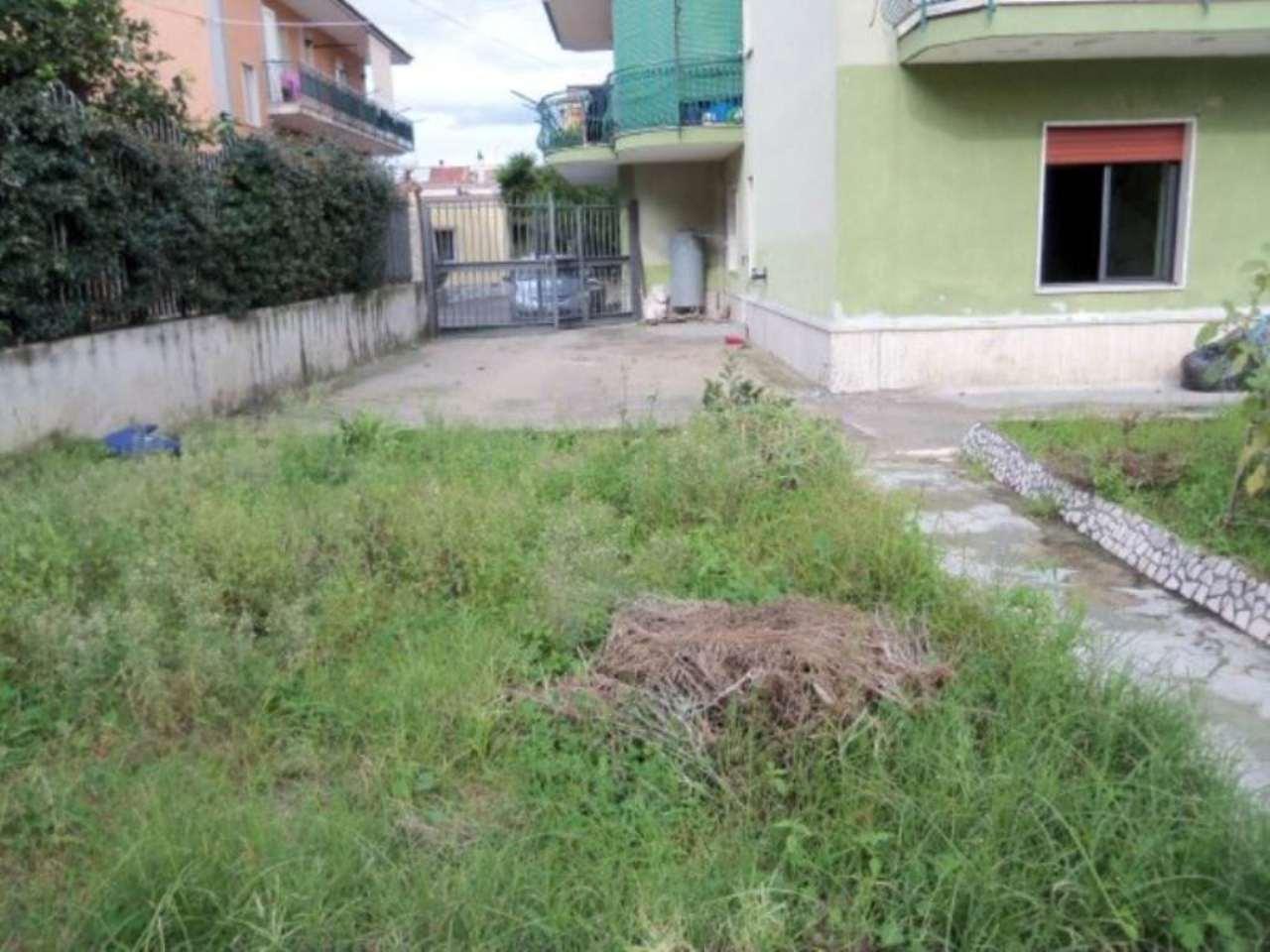 Bilocale Giugliano in Campania Via Colonne 1