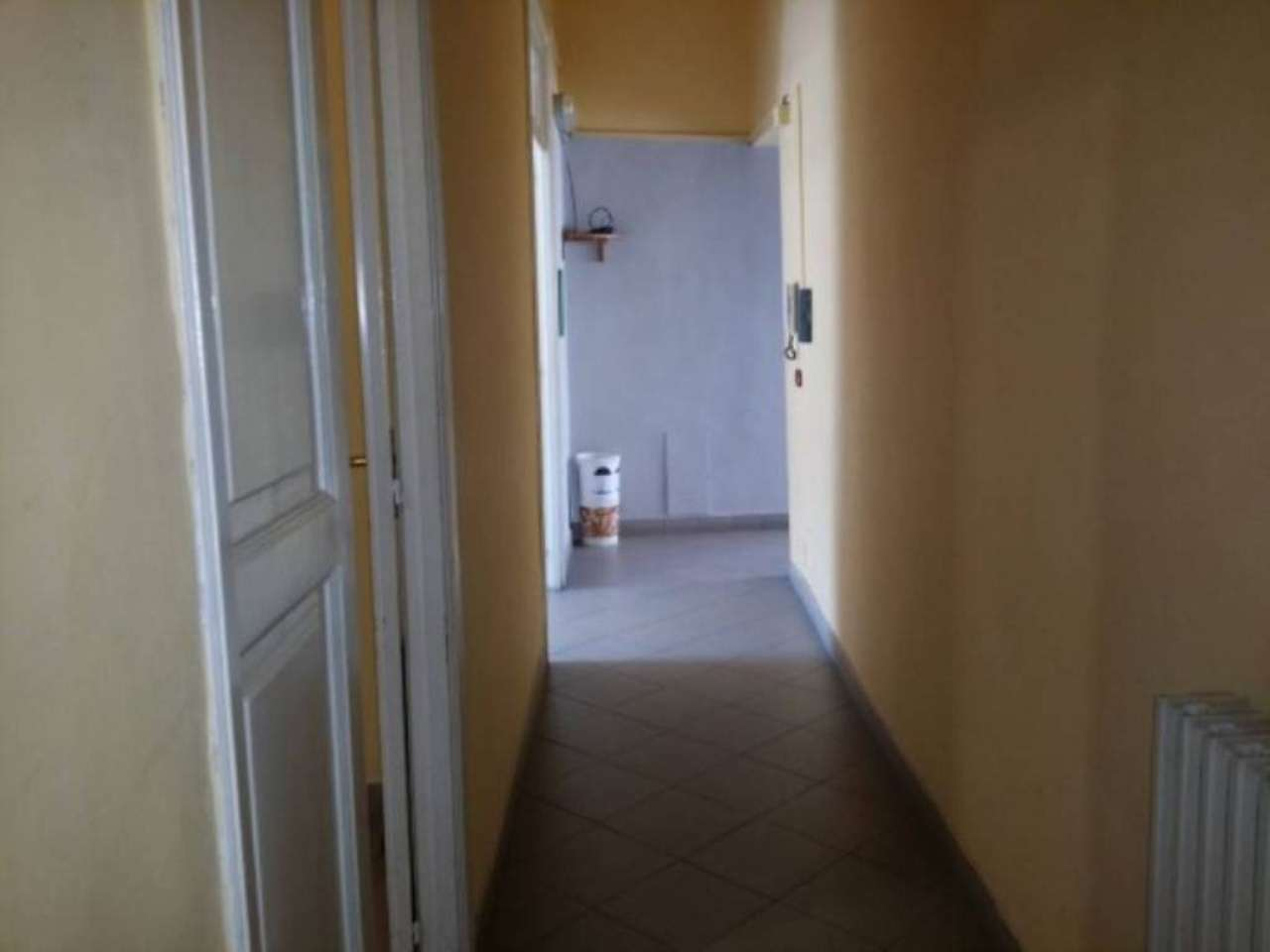 Bilocale Napoli Corso Secondigliano 11