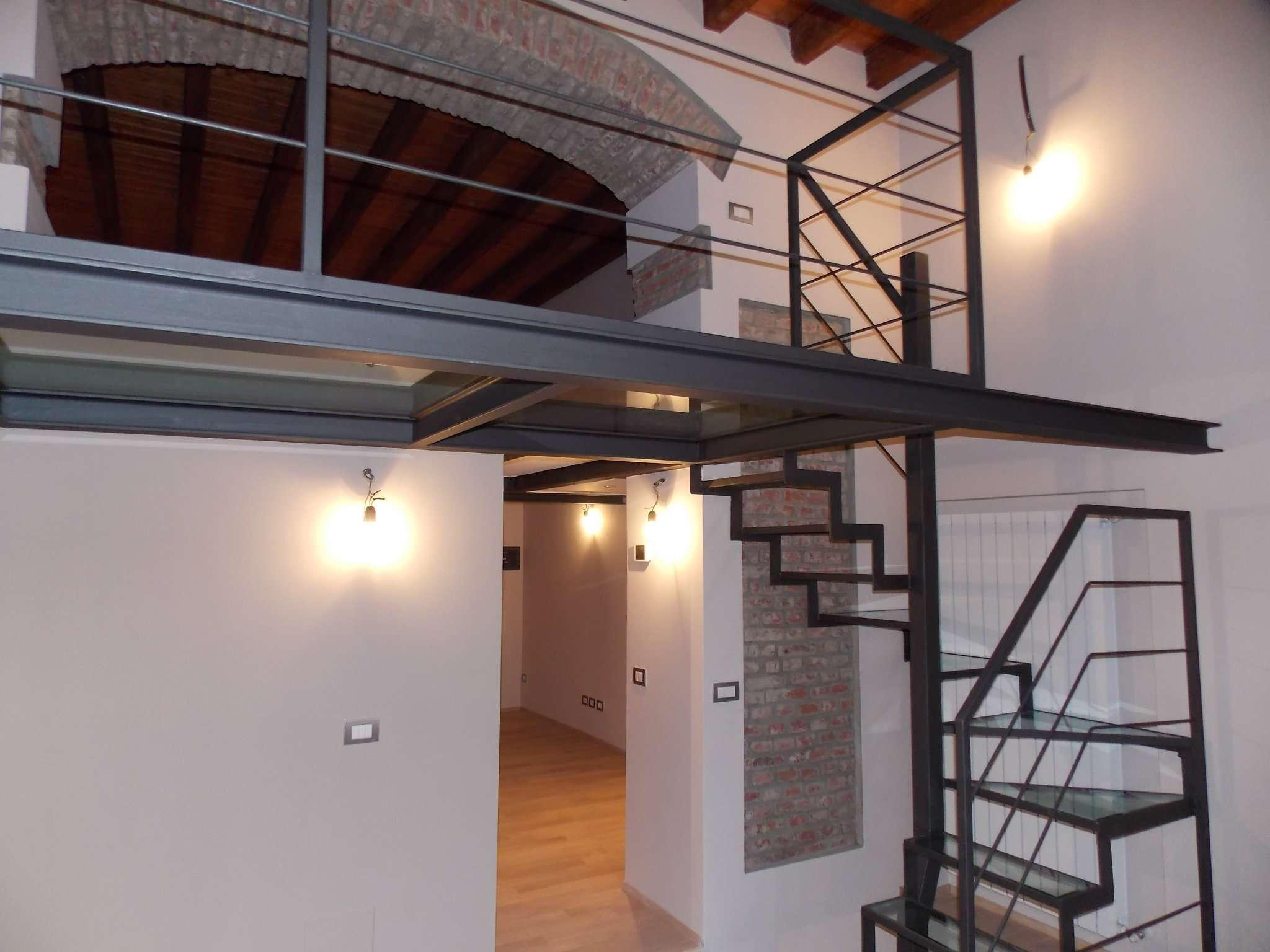 Appartamento in vendita a Milano, 4 locali, zona Zona: 8 . Bocconi, C.so Italia, Ticinese, Bligny, prezzo € 350.000 | Cambio Casa.it