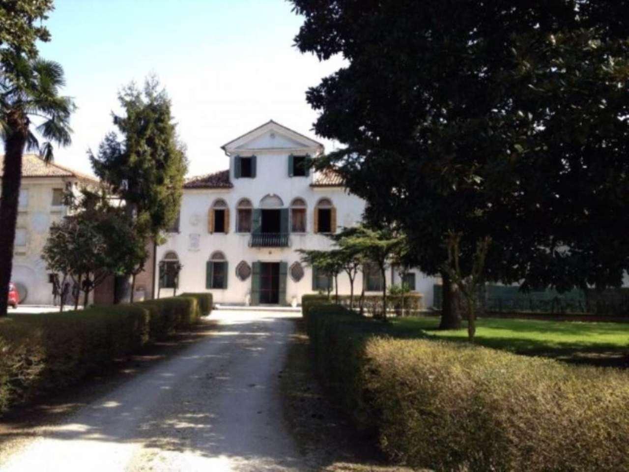 Villa in vendita a Fossalta di Piave, 6 locali, Trattative riservate | Cambio Casa.it