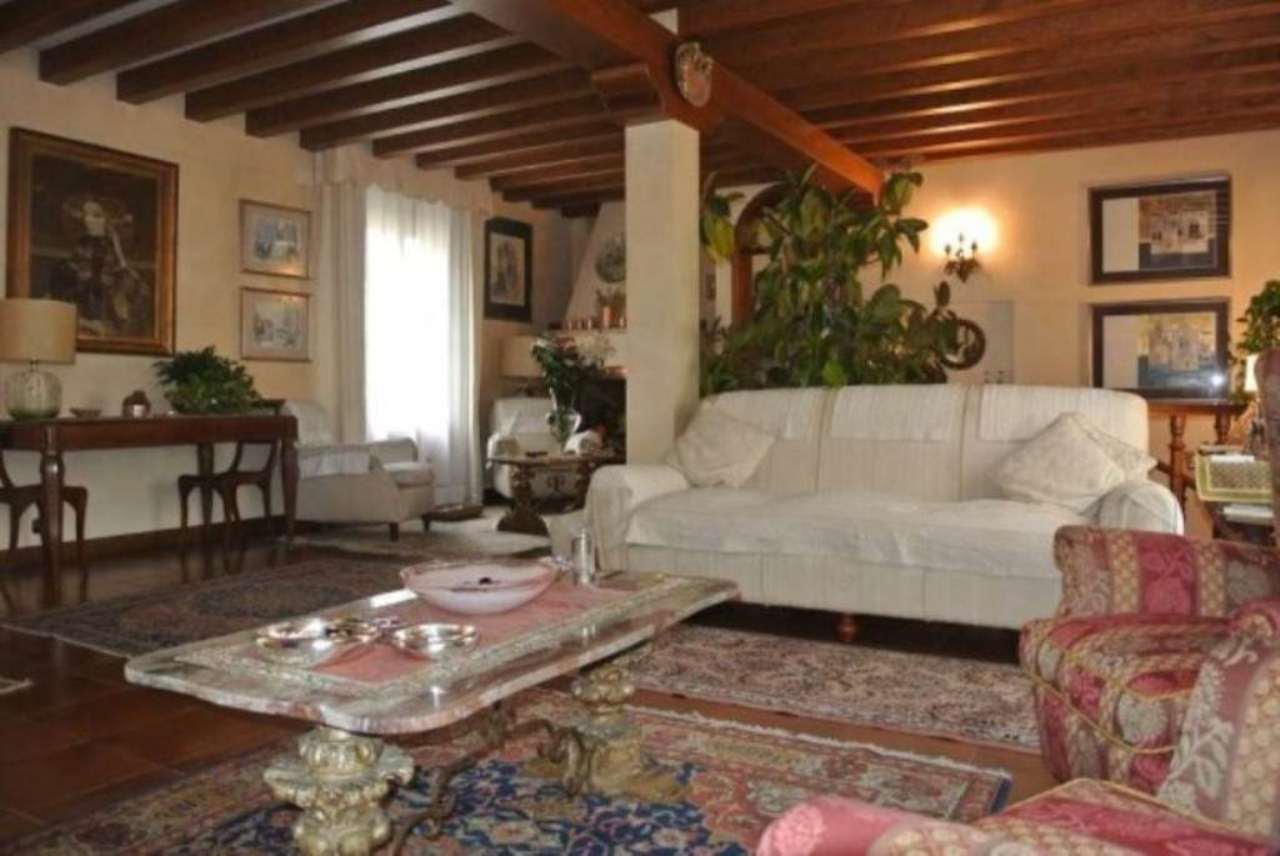 Attico / Mansarda in vendita a Venezia, 6 locali, zona Zona: 11 . Mestre, prezzo € 720.000   Cambio Casa.it