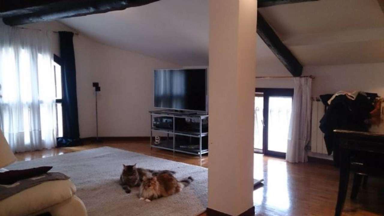 Appartamento in vendita a Venezia, 6 locali, zona Zona: 8 . Lido, prezzo € 415.000   Cambio Casa.it