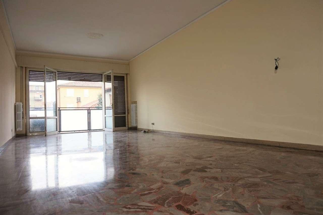 Appartamento in vendita a Venezia, 7 locali, zona Zona: 11 . Mestre, prezzo € 250.000   Cambio Casa.it