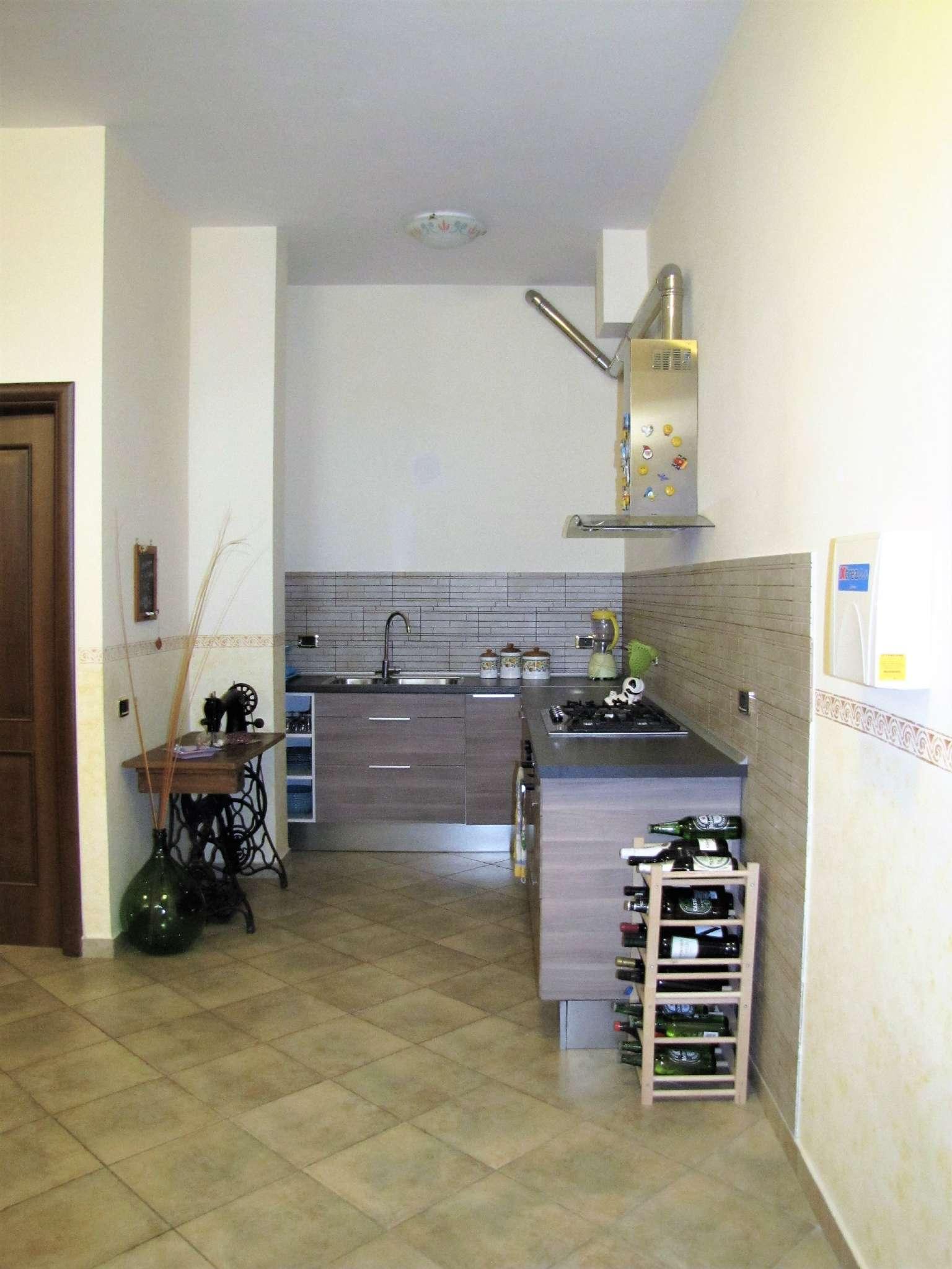 Foto 13 di Villa a Schiera via MITTA 6, Roma (zona Finocchio - Torre Gaia - Tor Vergata)