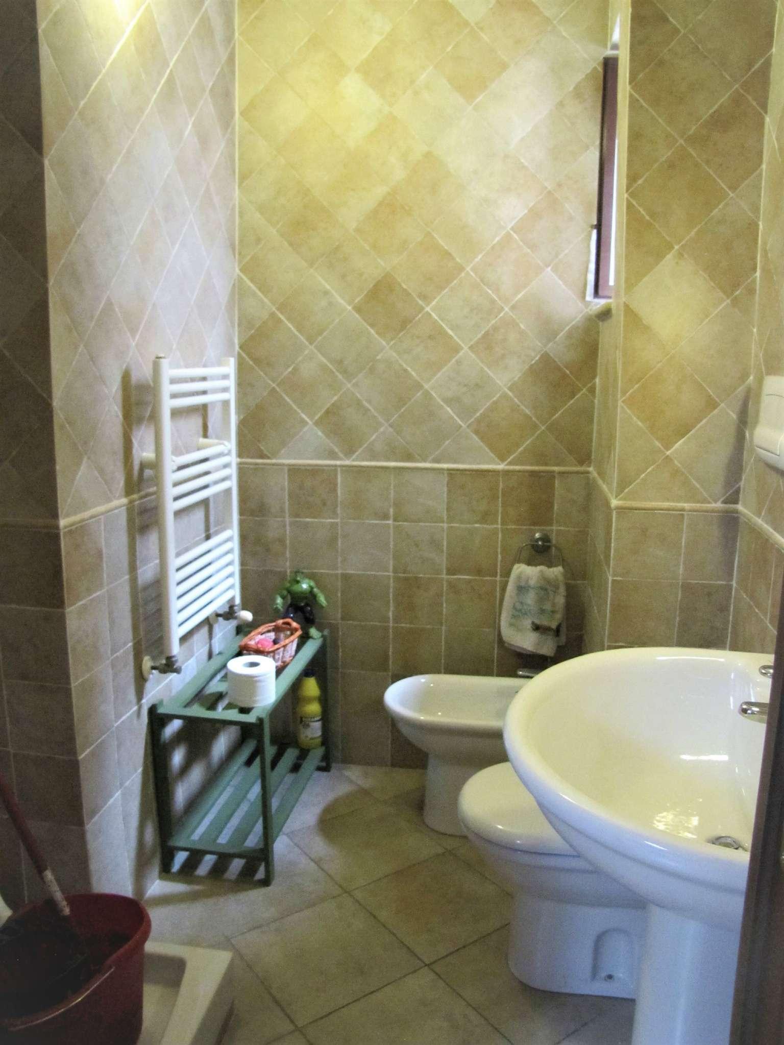 Foto 19 di Villa a Schiera via MITTA 6, Roma (zona Finocchio - Torre Gaia - Tor Vergata)