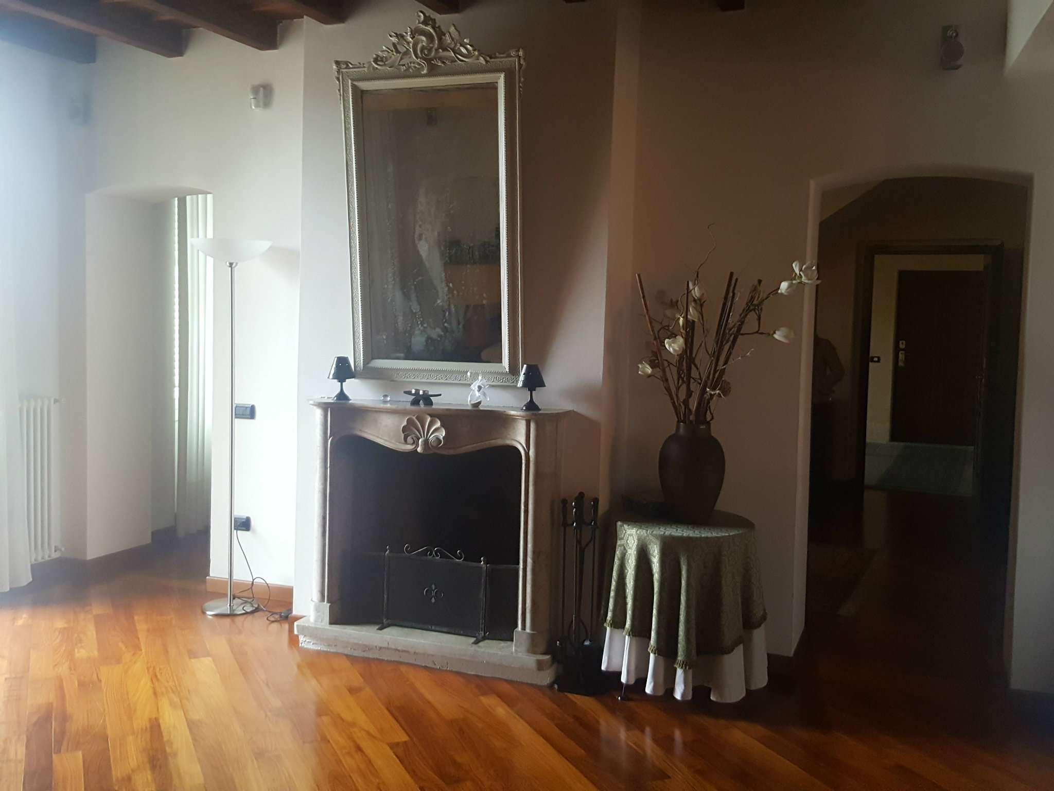 Appartamento in vendita a Magenta, 9999 locali, prezzo € 590.000 | Cambio Casa.it