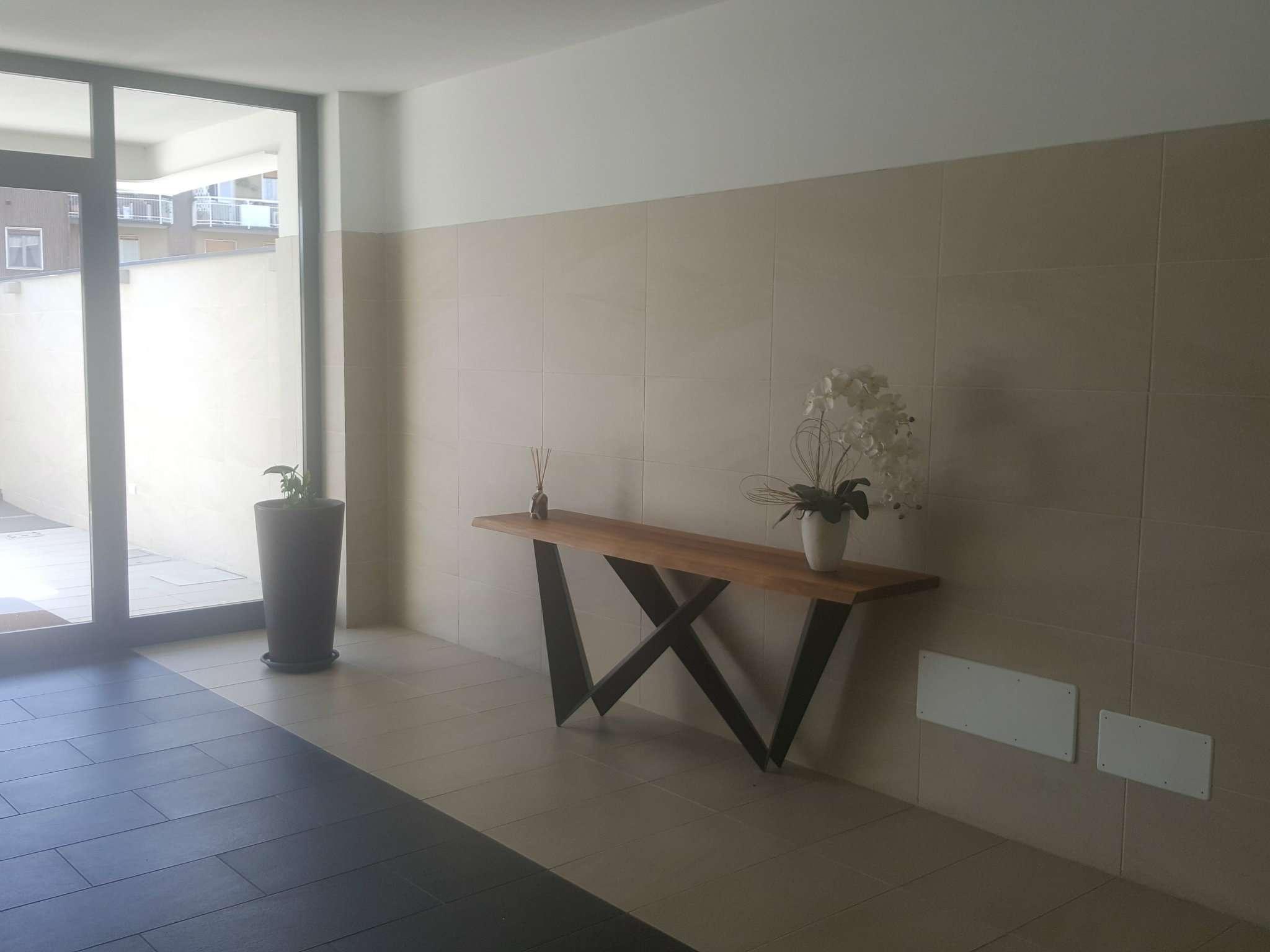 Appartamento in affitto a Buccinasco, 2 locali, prezzo € 850 | Cambio Casa.it