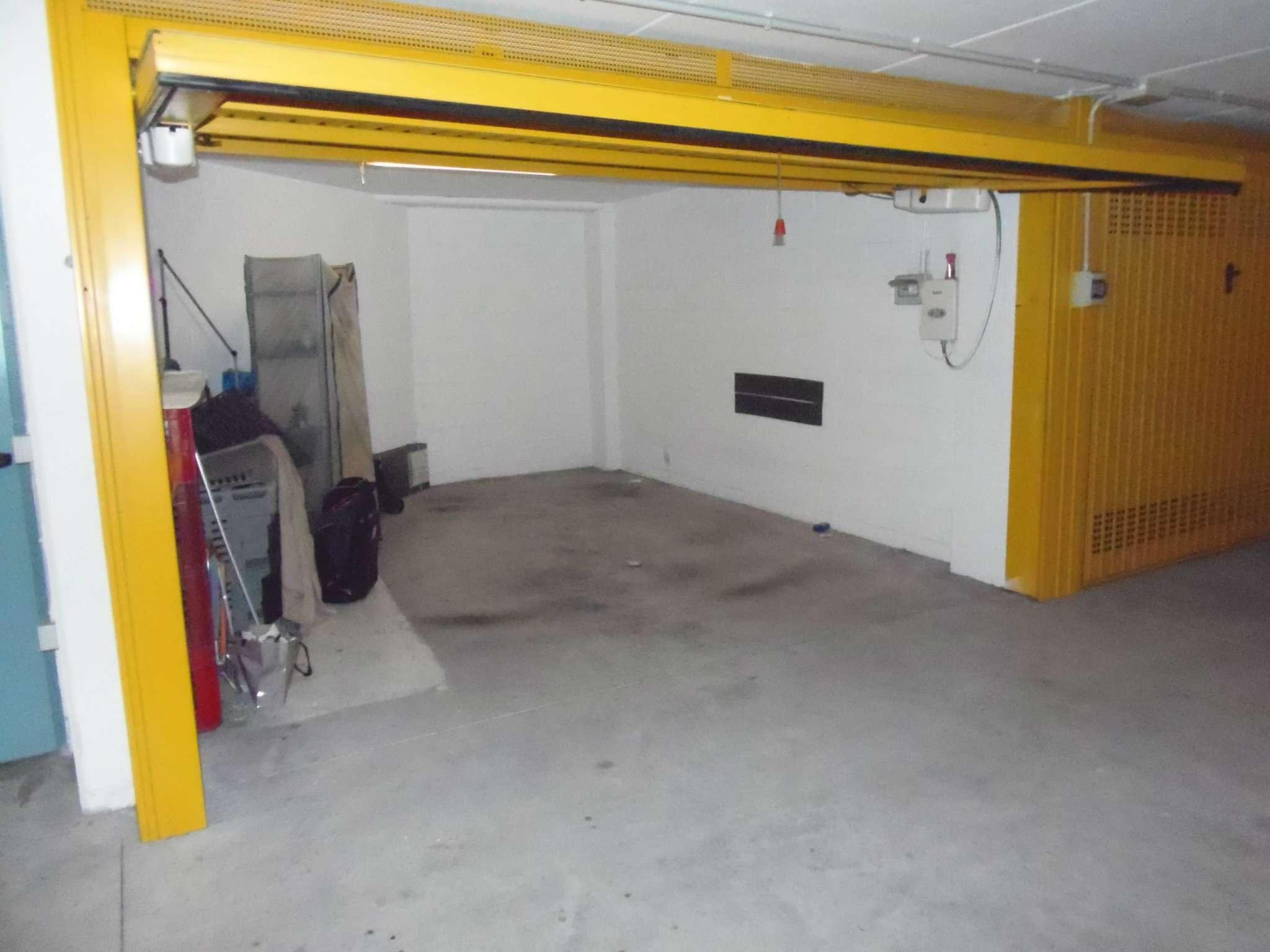 Box / Garage in vendita a Genova, 1 locali, zona Zona: 13 . Sestri Ponente, Medio Ponente, prezzo € 70.000 | Cambio Casa.it