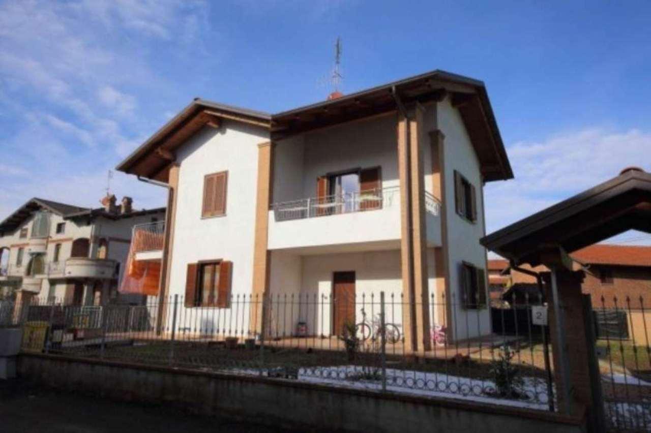 Villa in vendita a Verolengo, 6 locali, prezzo € 219.000 | CambioCasa.it
