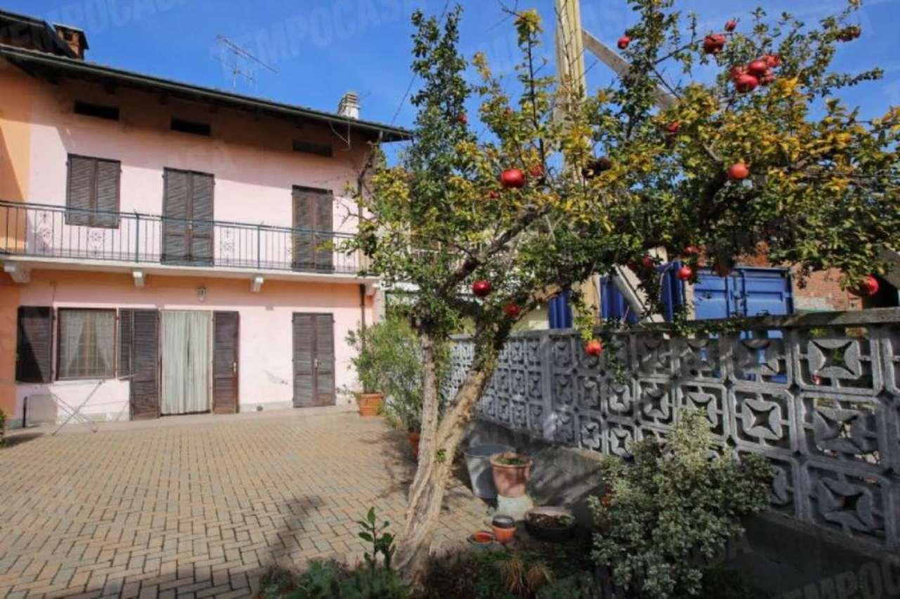 Soluzione Indipendente in vendita a Chivasso, 4 locali, prezzo € 120.000 | Cambio Casa.it