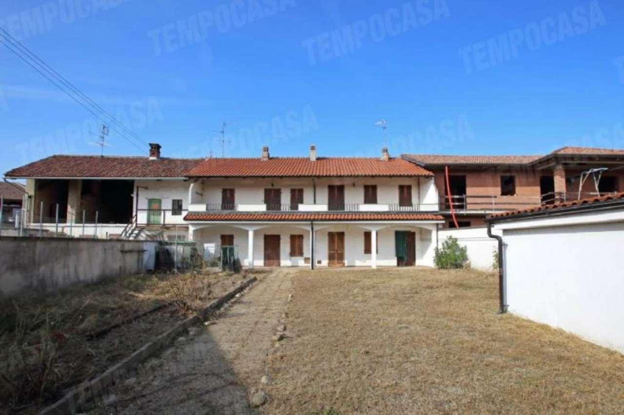 Foto 1 di Casa indipendente via Giuseppe Garibaldi, Rondissone