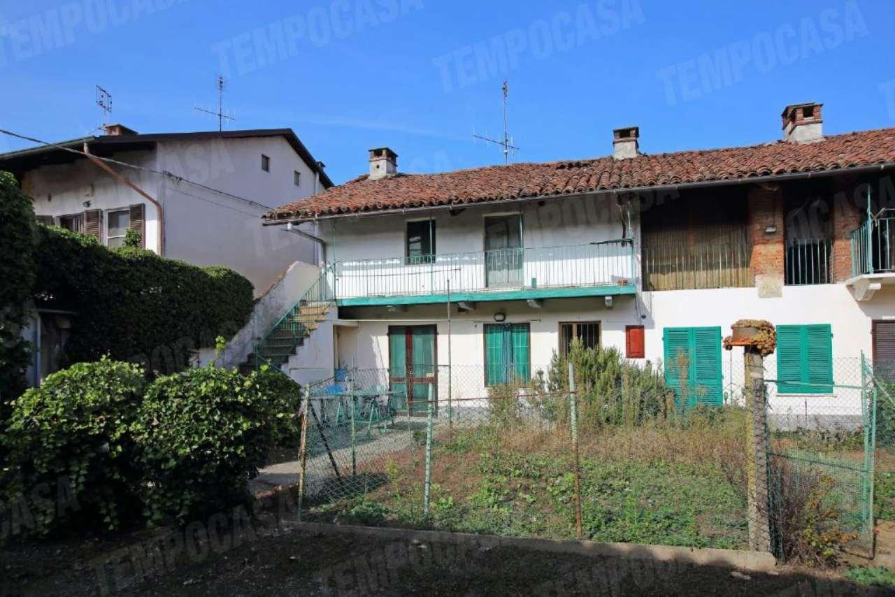 Soluzione Indipendente in vendita a Chivasso, 6 locali, prezzo € 119.000 | Cambio Casa.it