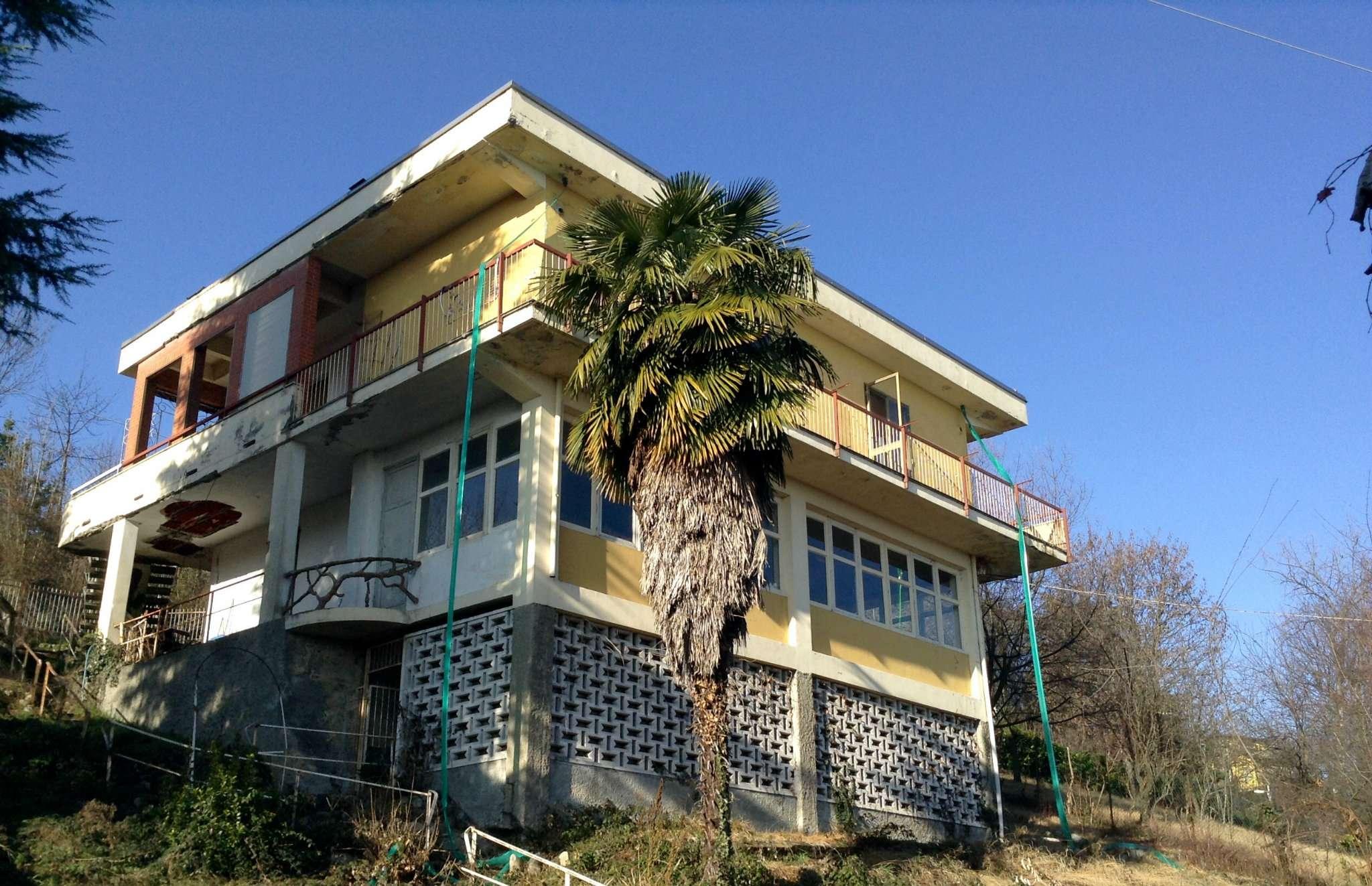 Soluzione Indipendente in vendita a Castagneto Po, 8 locali, prezzo € 145.000 | Cambio Casa.it