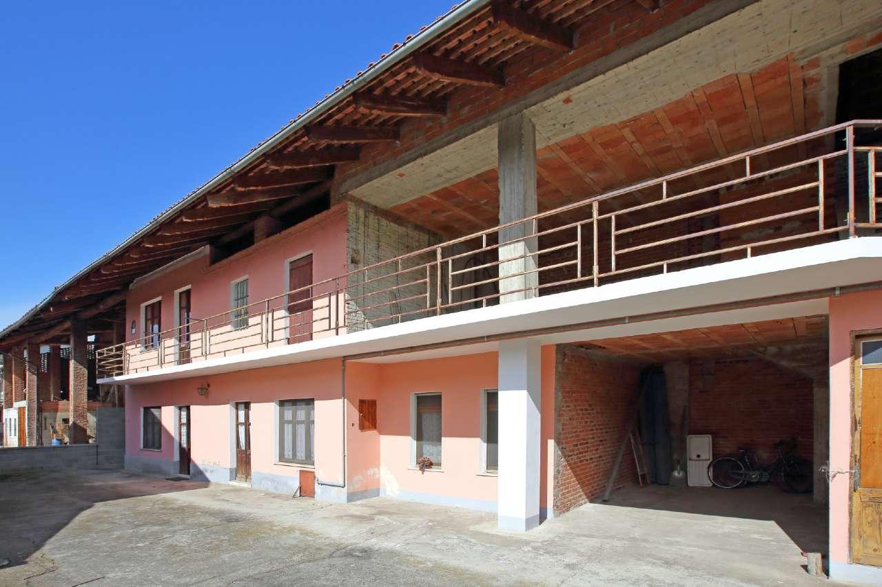 Soluzione Indipendente in vendita a Chivasso, 4 locali, prezzo € 109.000 | Cambio Casa.it